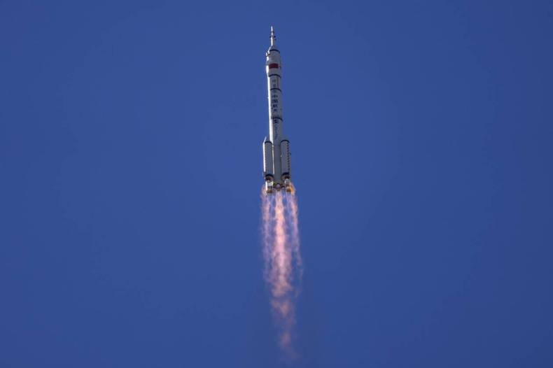https://cdn.cnngreece.gr/media/news/2021/06/17/270425/photos/snapshot/kina-diastimoploio-4.jpg
