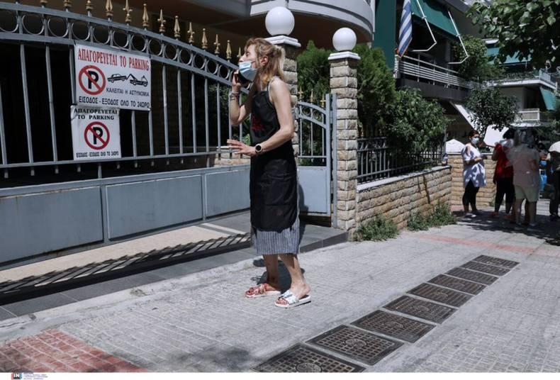 https://cdn.cnngreece.gr/media/news/2021/07/07/273083/photos/snapshot/epithesi-zografou-12.jpg