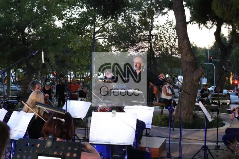 https://cdn.cnngreece.gr/media/news/2021/07/10/273604/photos/snapshot/vouliagmeni-IMG_5698.jpg