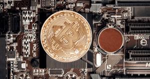 最初のビットコインに込められたメッセージ|金融システムの失敗を語る