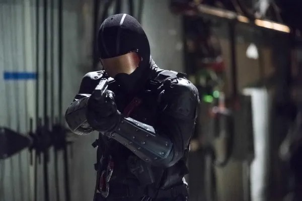 arrow-season-6-deathstroke-returns-image-4