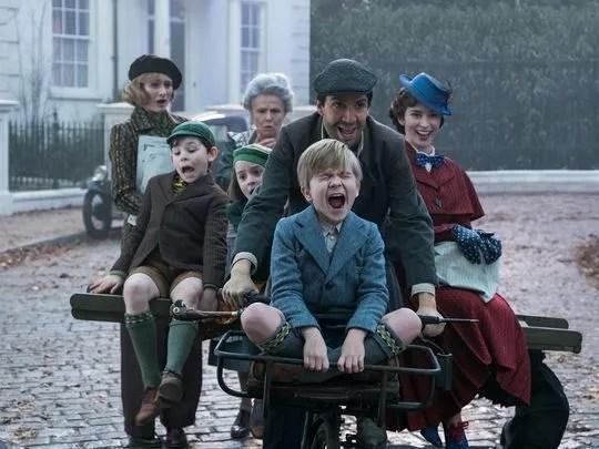 mary-poppins-returns-lin-manuel-miranda-emily-blunt-1