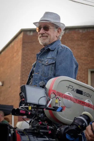 ready-player-one-movie-image-steven-spielberg