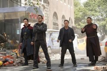 infinity-war-images-doctor-strange-iron-man-bruce-banner-wong