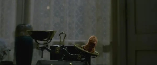 fantastic-beasts-the-crimes-of-grindelwald-baby-niffler