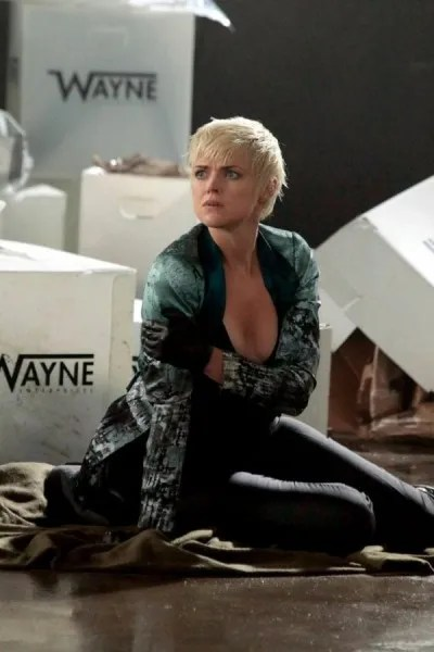 gotham-season-5-image-erin-richards-3