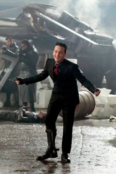 gotham-season-5-image-robin-lord-taylor-2