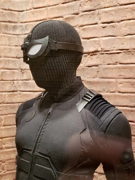 spider-man-far-from-home-stealth-suit-1