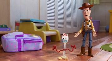 Disney-Pixar-jouet-histoire-4-Woody-Forky
