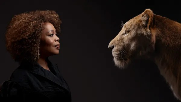 disney-lion-king-alfre-woodard-sarabi-portrait