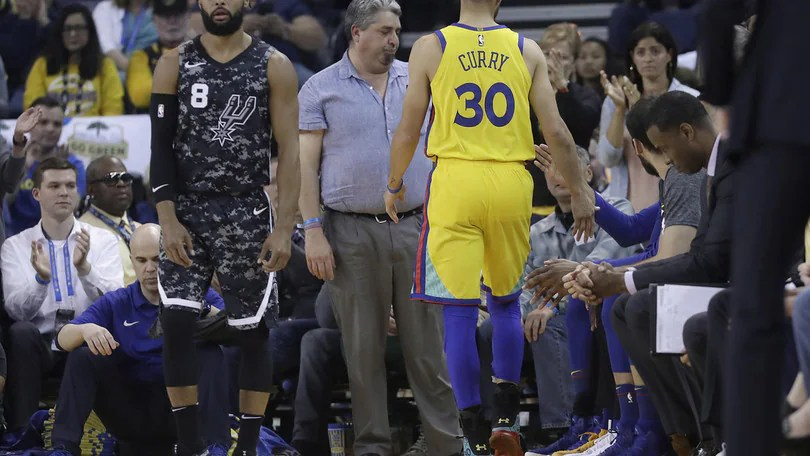 Golden State in ansia, Curry si ferma ancora