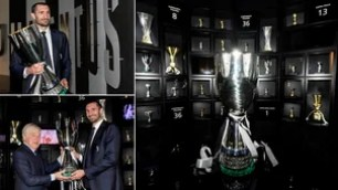 Juventus, Chiellini delivers the Super Cup to the museum
