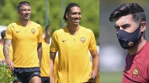 Rome, faces stretched out in Trigoria: Fonseca observes in mask