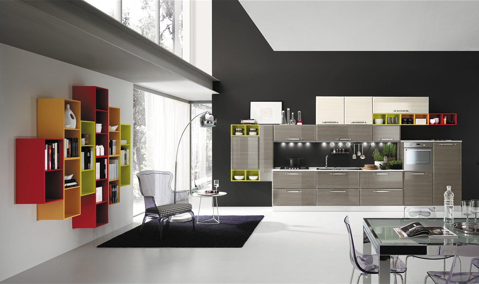 Le pareti e le ante dei mobili in questa cucina sono verniciate con una finitura in. Blog Cucine Su Misura Roma Md Centro Cucine