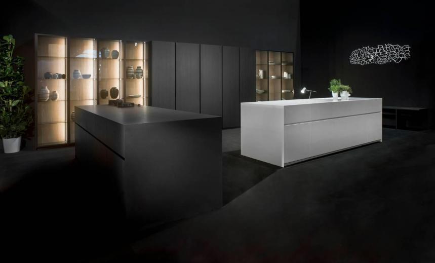 cucina Giza di Maistri Bianco e Nero, piano Lapitec®