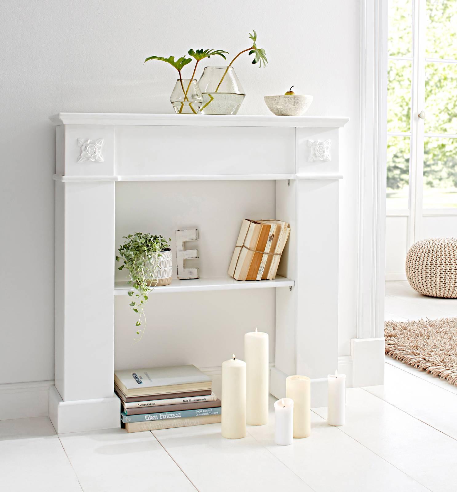 Oltre ai tessuti possiamo scegliere dell'oggettistica particolare per arredare un salotto in. Arredare La Casa In Stile Shabby Chic Cose Di Casa