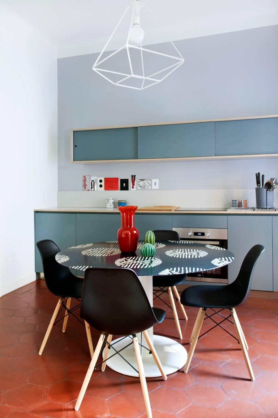 Se desideri completare l'arredamento del tuo soggiorno o della tua cucina con un tavolo allungabile dal design pregiato, che sia anche a prezzo scontato, sei sul portale outlet d'arredamento giusto per te! Come Abbinare Tavolo E Sedie 10 Soluzioni Da Copiare Cose Di Casa