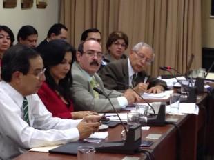 La comparecencia de Helio Fallas, en la Comisión de Asuntos Hacendarios de la Asamblea Legislativa. CRH.