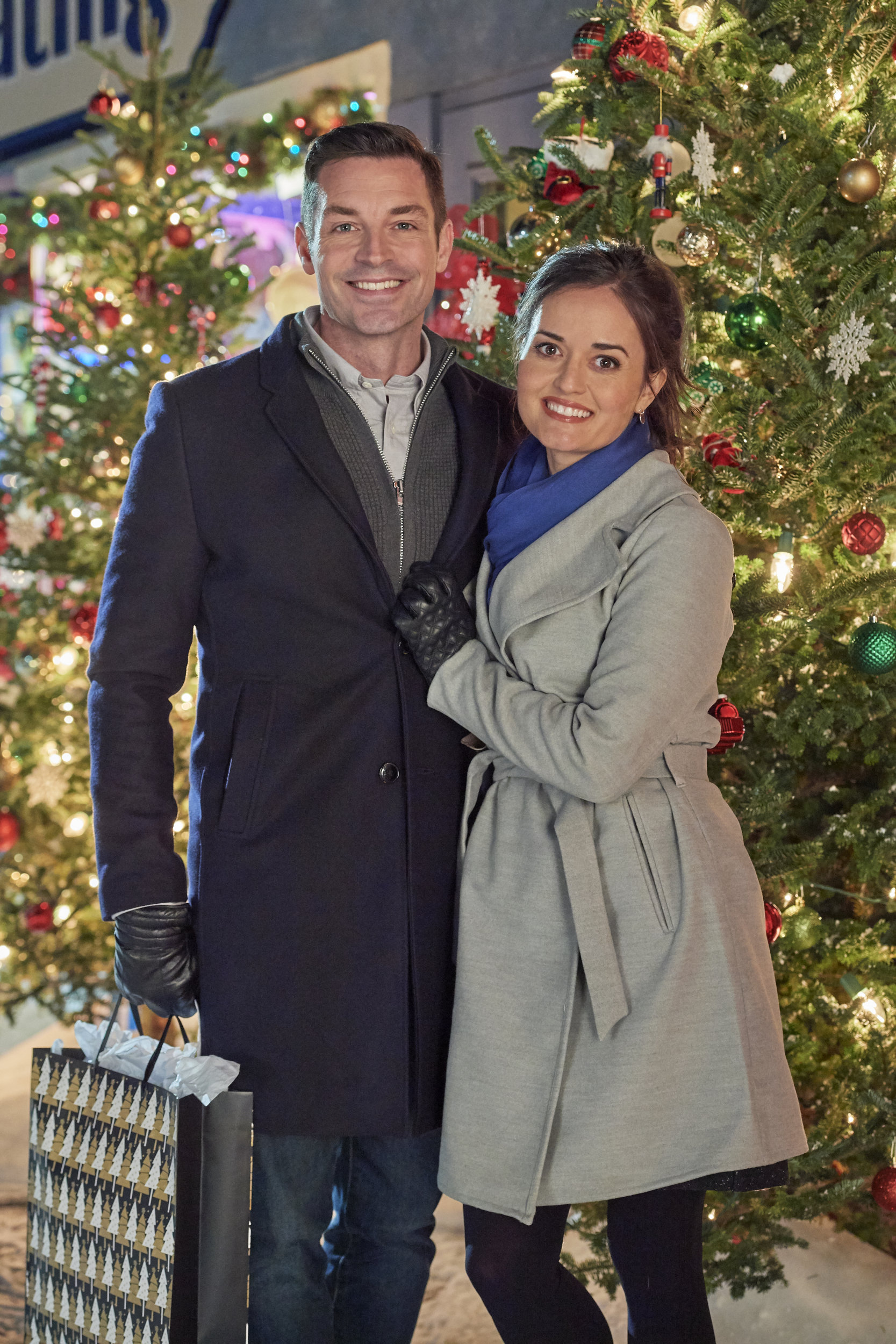 Christmas At Grand Valley Cast Hallmark Movies And