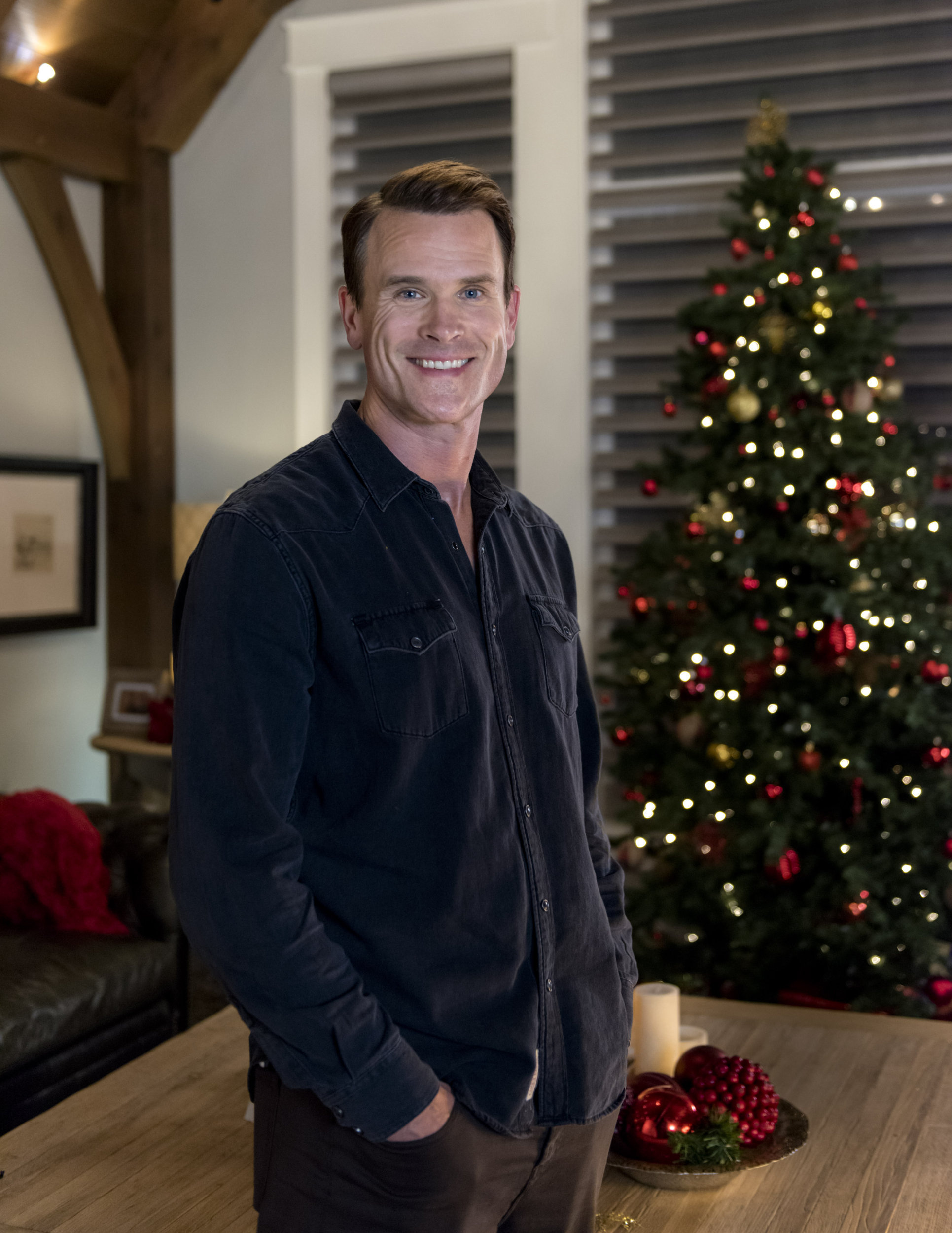 Gabriel Hogan On Christmas List Hallmark Channel