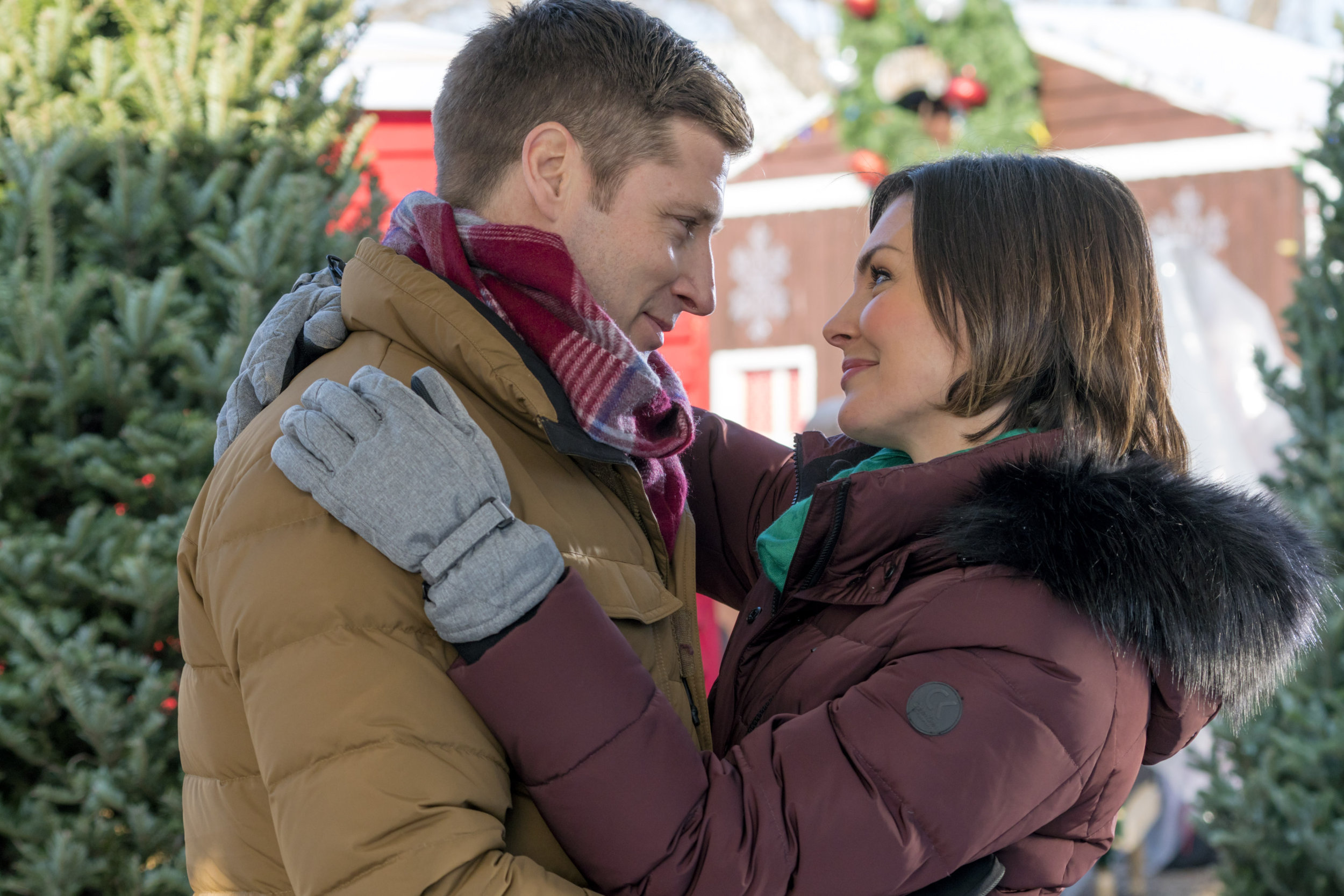 http://www.hallmarkchannel.com/christmas-festival-of-ice