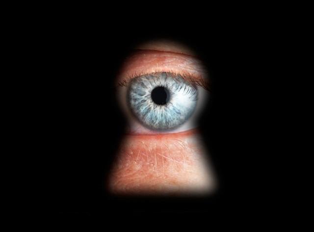 spying-privacy-peeping-tom-peeping-through-keyhole