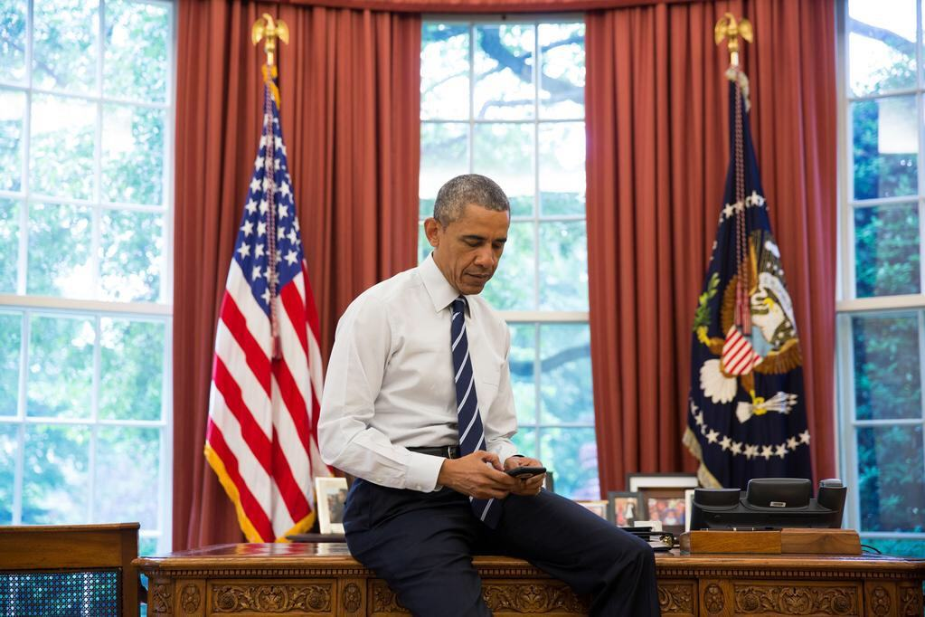Barack Obama writes his first tweet from an iPhone