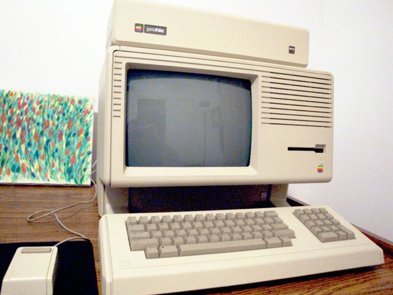 This working Lisa 2 can be yours for $6,499.
