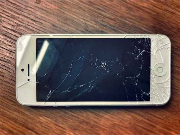 Image result for Why the iPod Touch Screen is so breakable?