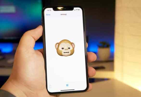 How to switch Animoji characters after recording iPhone tricks
