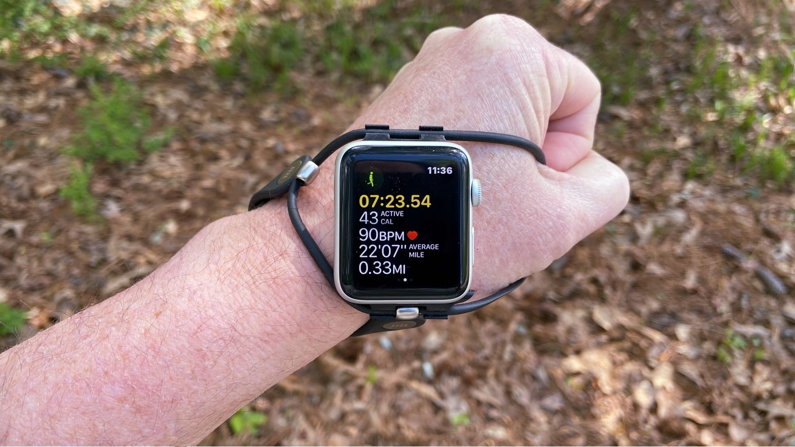 An Apple Watch band for runners, reimagined