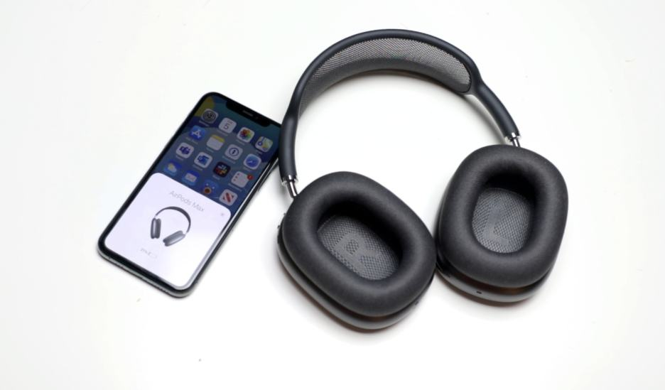 AirPods Max connected to iPhone