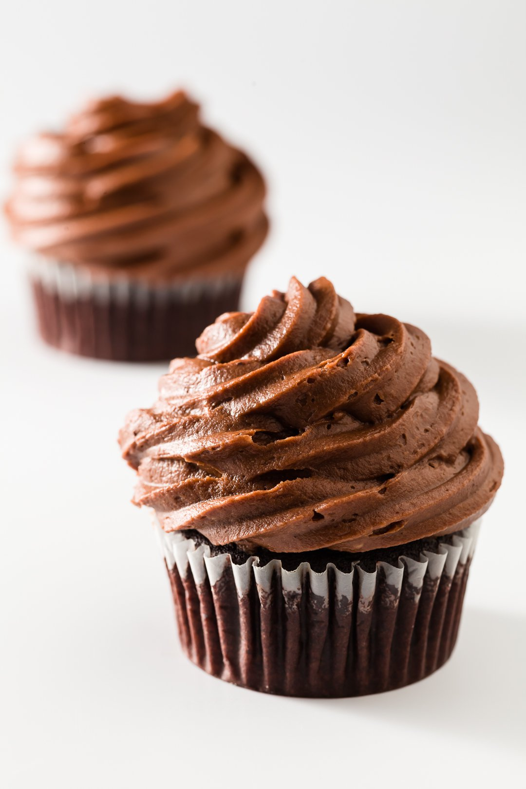 The Best Chocolate Cupcakes Decadent Moist And Easy To