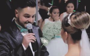 Este noivo interrompeu a leitura dos votos matrimoniais para dizer que também amava outra; sua noiva e todos os presentes choraram até soluçar