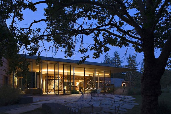 Creekside Residence Contemporary Home That Connects With