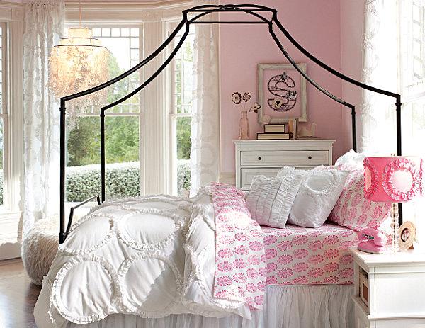 Stylish Bedding for Teen Girls on Teenage Bed  id=86480