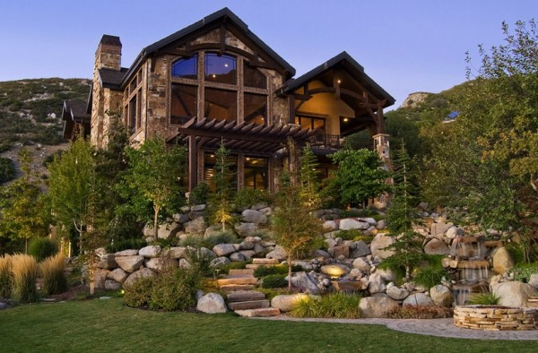 Bringing Rustic Appeal to your Outdoor Home on Mountain Backyard Ideas  id=81919