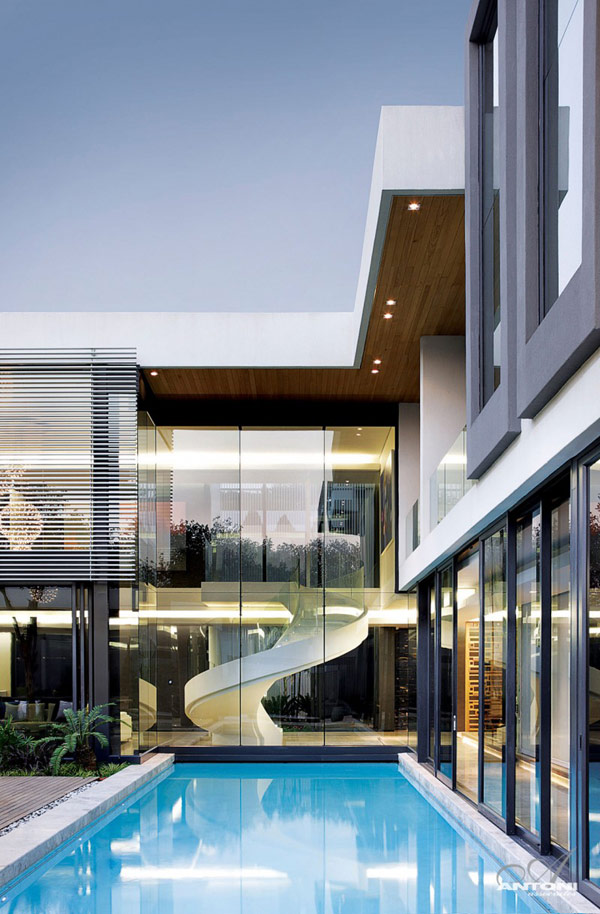 Opulent Modern Home In Houghton Pool View