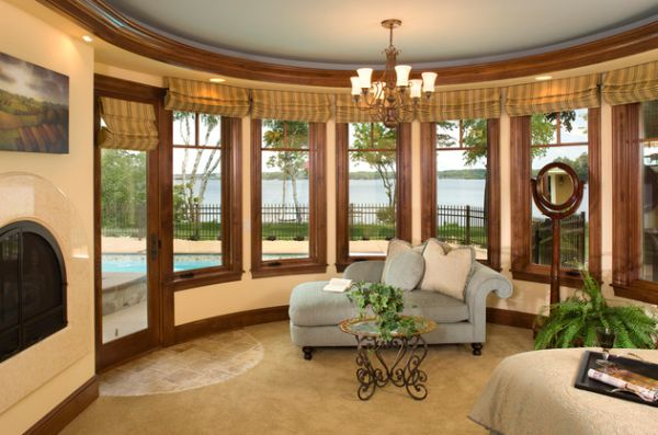 View In Gallery Clic Master Bedroom Design Utilizes The Chaise For A Vintage Look