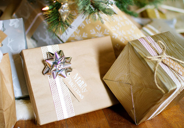 Holiday Gift Wrap Ideas For A Festive Touch