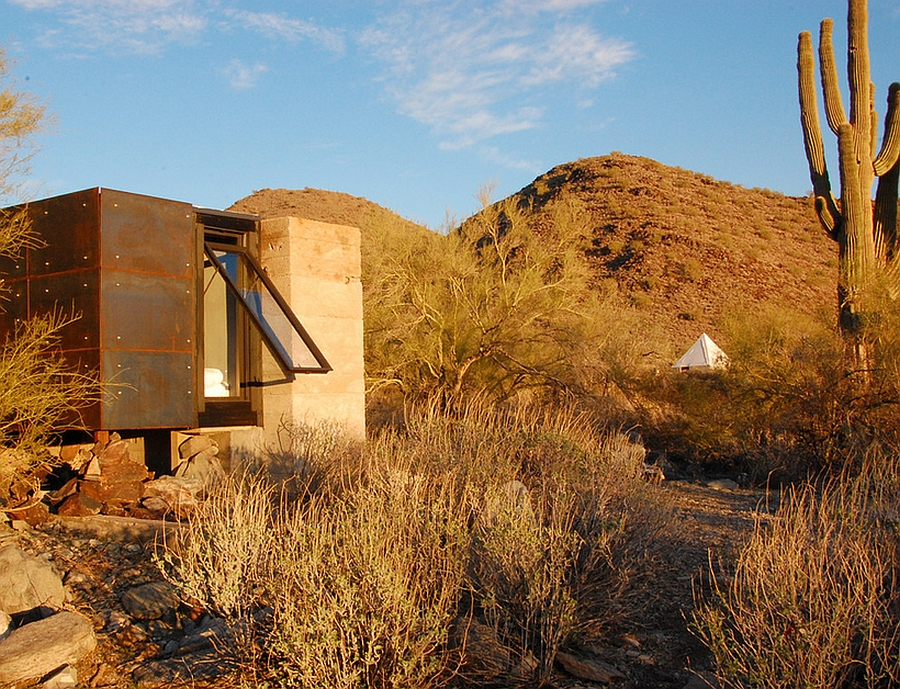 Miner S Shelter Tiny Desert Dwelling Clad In Glass And Steel