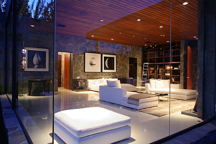 Luxurious Beverly Hills Mansion Acquires A Sparkling New