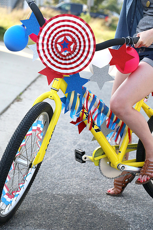 Bike Decorating Ideas   Garden View Landscape Easy LastMinute 4th Of July Party Ideas