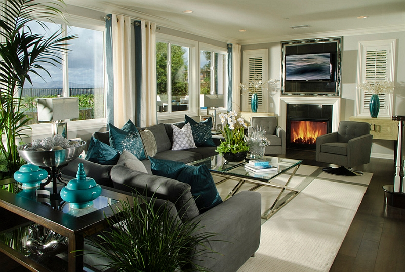 Exquisite use of teal accents throughout the stunning living room Hot Color Trends: Three Fashionable Hues That Serve You All Year Long Year Trends Three Serve Long Hues Fashionable Color