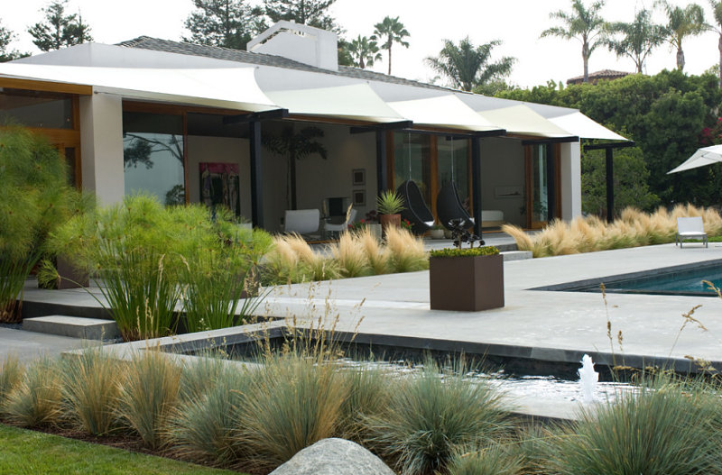 Your Backyard Landscaping Strategy: Manicured Or Untamed? on Contemporary Backyard  id=71076