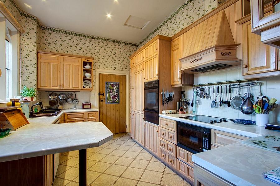 Kitchen Wallpaper Ideas - Wall Decor That Sticks on Traditional Kitchen Wall Decor  id=69703