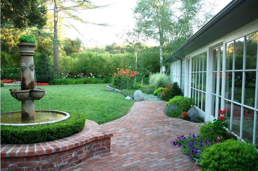 20 Charming Brick Patio Designs on Backyard Masonry Ideas id=91815
