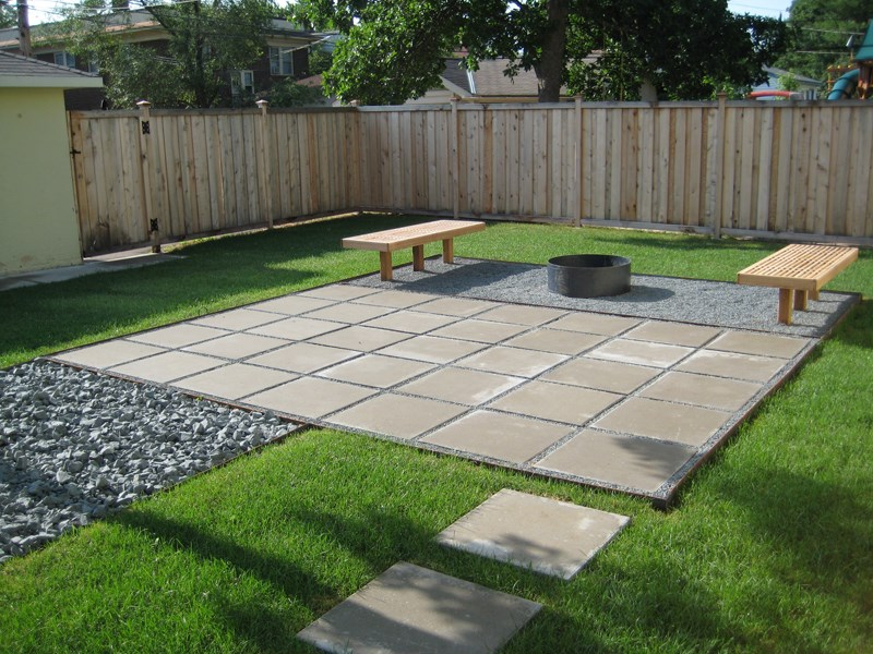 10 Paver Patios That Add Dimension and Flair to the Yard on Yard Paver Ideas  id=91678