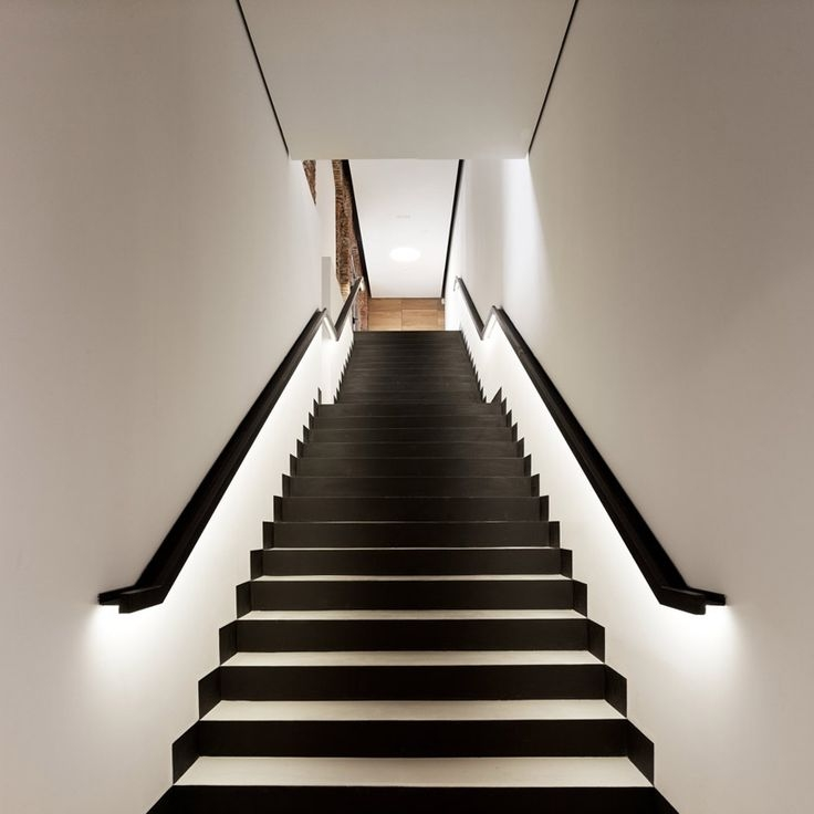 15 Modern Staircases With Spectacular Lighting | Black And White Stair Railing | Wall | Wrought Iron | Handrail | Victorian | Contemporary