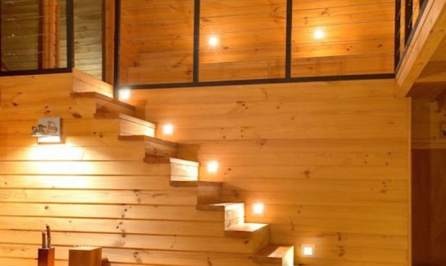 15 Modern Staircases With Spectacular Lighting | Duplex House Staircase Wall Design | Contemporary | Textured | Apartment Duplex | Fancy | Stair Wall Paint